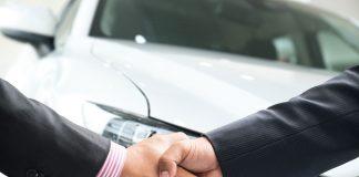 Schadenfreiheitsrabatt übernehmen Handshake Auto
