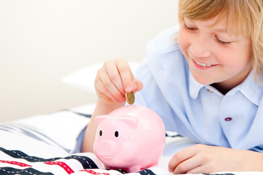 Taschengeldempfehlung Junge Sparschwein