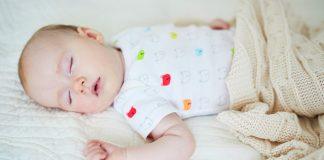 Baby schläft Tagesplan