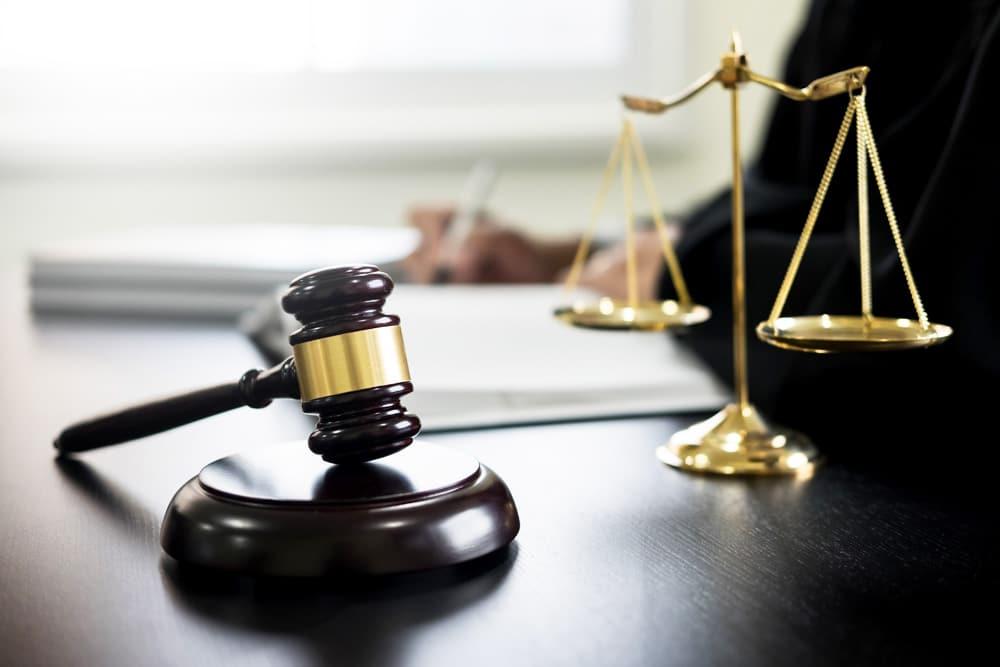 Änderung ab November Gerichtsutensilien