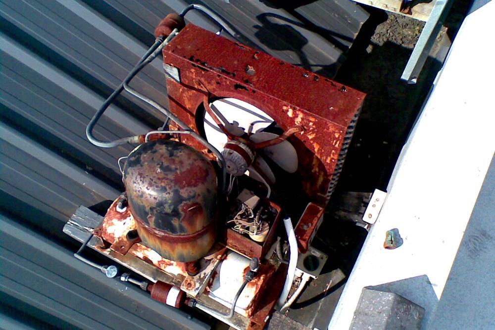 Kühlschrank gefriert alter Kompressor