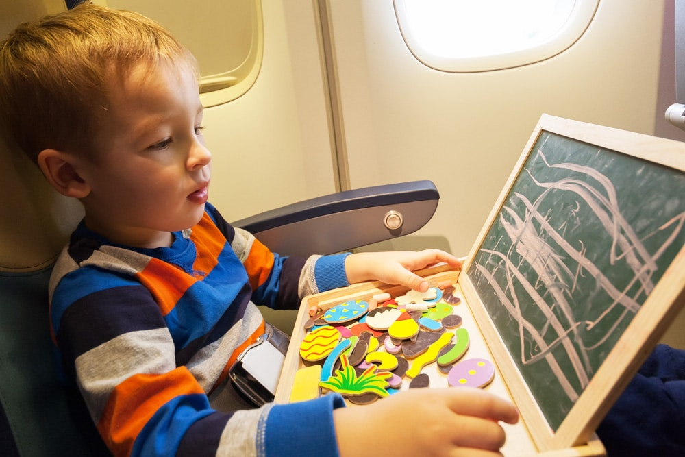 Kindersitz Flugzeug Kind Kreide Gurt