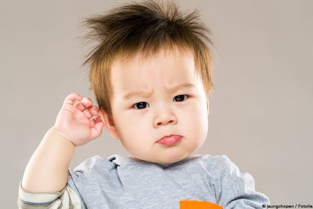 Baby Schüttelt Kopf