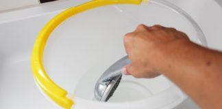 Bestimmung des Wasserverbrauchs beim Duschen durch Auslitern