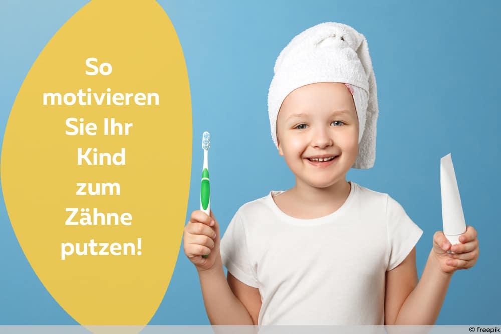 Parodontose vorbeugen - Freudiges Kind mit Zahnbürste