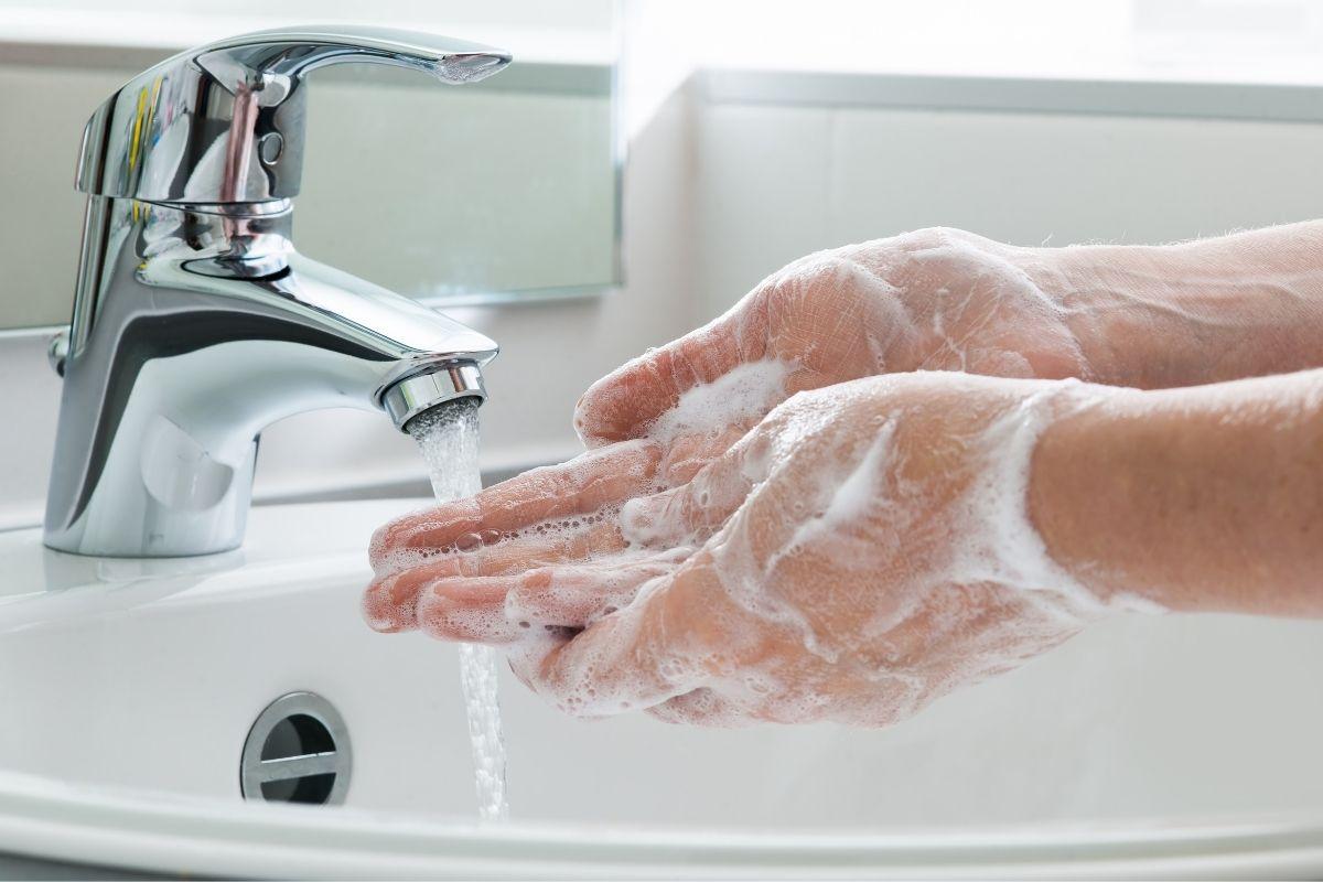 Madenwürmern vorbeugen - Hände waschen