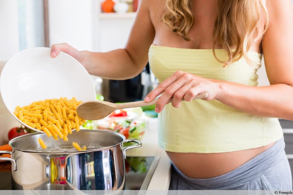 SSW 26 - Schwangere kocht Nudeln