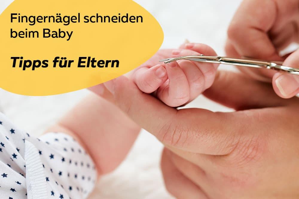 Fingernägel schneiden beim Baby